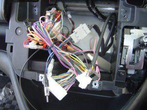 日産セレナに三菱カーナビNR-HZ750CD-DTVの設置 12