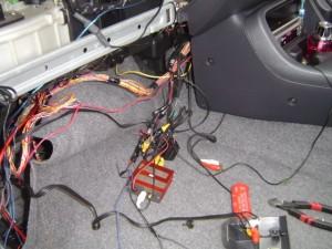 ホンダ シビックにイクリプスカーナビ AVN8805HDとバイザーモニターの取付・設置3