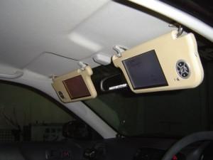 ホンダ シビックにイクリプスカーナビ AVN8805HDとバイザーモニターの取付・設置5