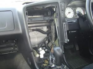日産ステージアにクラリオンスムーナビNX308とETC・iPodケーブルの設置・取付5