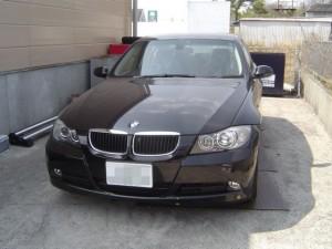 BMWのE90にカーナビの取付