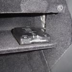 W203のグローブボックス内にETC車載器の取付