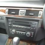 BMW E90 純正オーディオのウッドパネル