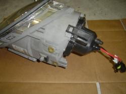ニュービートルのヘッドライトをHIDシステムへと換装・交換