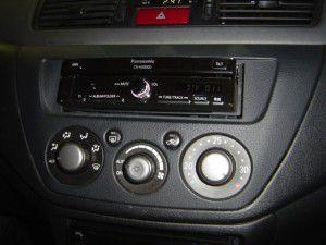 ランサーエボリューションVにストラーダ CN-HX900Dの設置