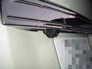 新型ステップワゴンにバックカメラの取付