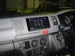 トヨタ ハイエースにアルパイン製カーナビALPINE VIE-X08の取付完了