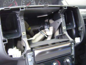 日産エクストレイルX-TRAILにパナソニック製カーナビの取付・設置3