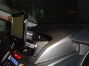 オデッセイにインダッシュモニター サイバーナビの取付 モニターオープン
