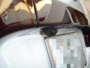 トヨタ エスティマにアルパイン製バックカメラの設置