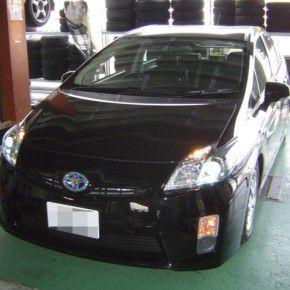 トヨタ 新型プリウスにカロッツェリア サイバーナビ他電装品の取付