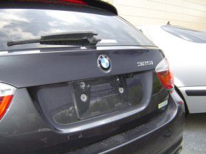 BMW 3シリーズにパナソニック製バックカメラの取付