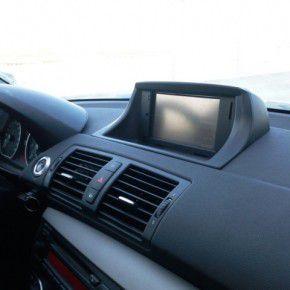 BMW with MIO V735TV-3