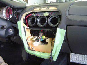 F430の純正オーディオ取外し