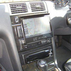 ベンツE320 サイバーナビ インダッシュモニター オープン