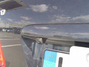 E320 バックカメラ・リアビューカメラの設置