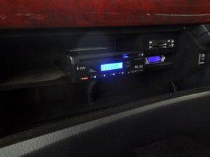 レクサスLSにDVDプレーヤーとリアモニターの設置・取付2